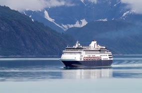 alaska cruise ship photo
